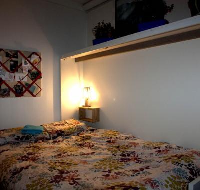 Appartement Vacances Scolaires, Ponts, Ou Chambre à 40 Euros. Paris, France;  Logement Entier; Chez Béatrice